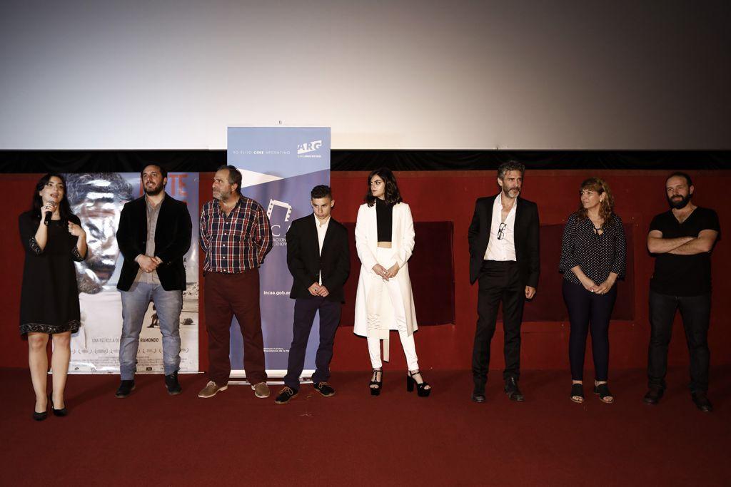 PREMIERE ''NO TE OLVIDES DE MI'' CON LEO SBARAGLIA / ESTRENO 31 DE AGOSTO