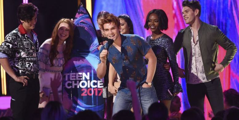 "Mandatory Credit: Photo by Invision/AP/REX/Shutterstock (8992686h) KJ Apa, Riverdale KJ Apa and the cast of ""Riverdale"" accept the award for choice drama TV show at the Teen Choice Awards at the Galen Center, in Los Angeles 2017 Teen Choice Awards - Show, Los Angeles, USA - 13 Aug 2017"