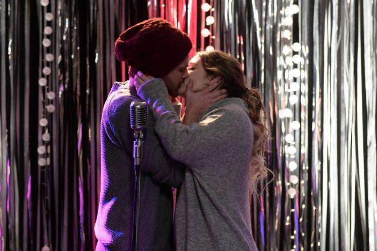 Beso en clave de sol: fantasía cumplida para Simona y Romeo – ''SIMONA'' – Martes, 21.30 H.